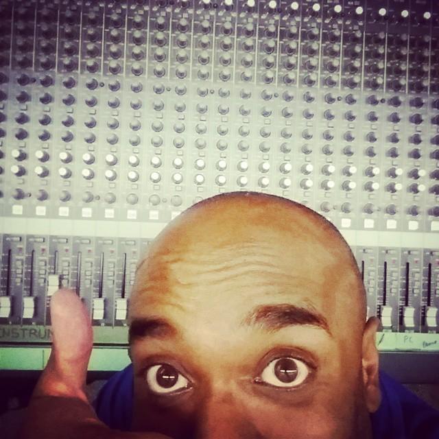 Sound board selfie!  Sounbelfie! #selfiegram #whyyesidoknowwhatalltheknobsdo