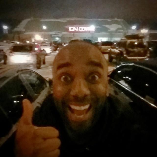 VIP parking selfie!  Viparkfie!  #selfiegram #yolo #swag #yoloswag #cirque