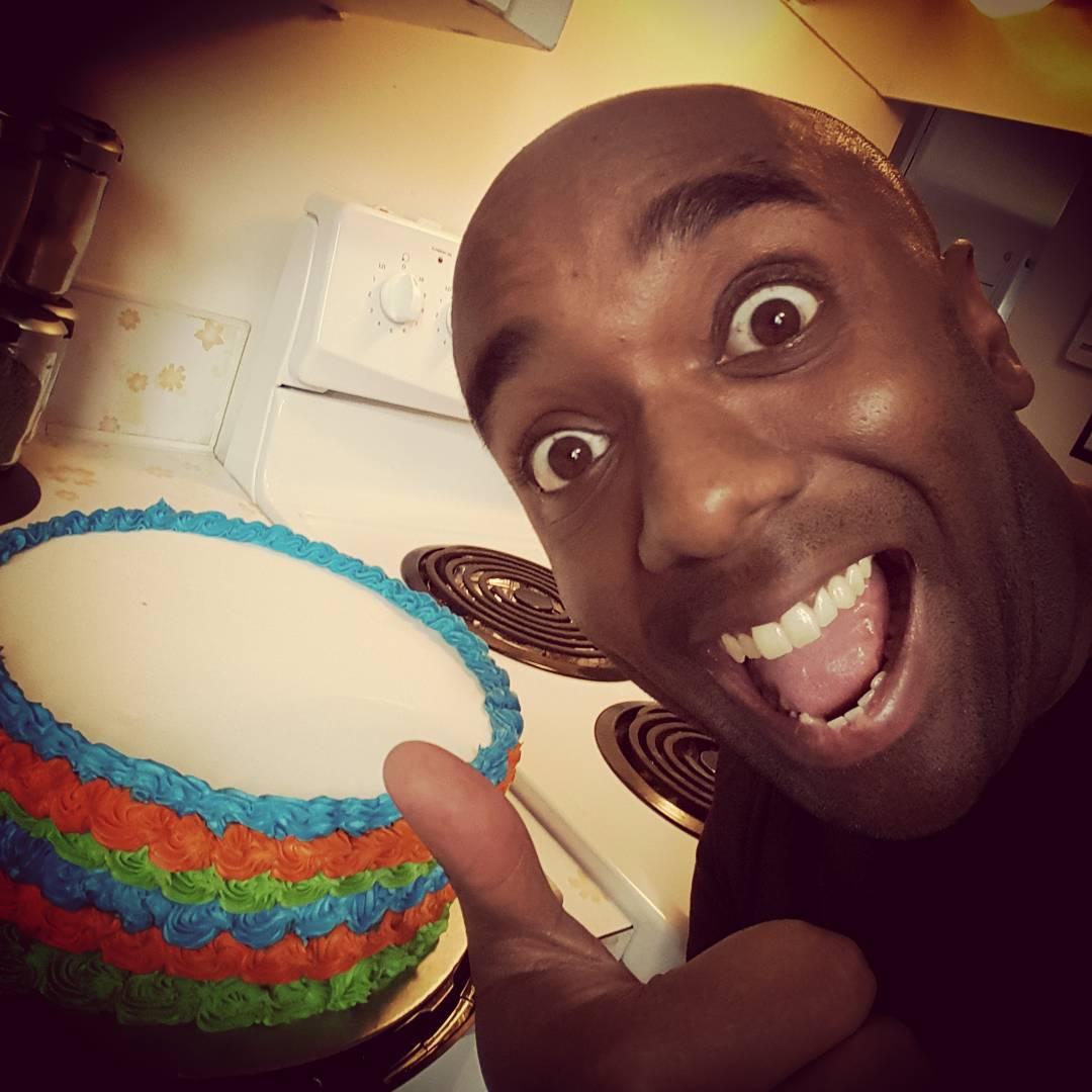 Cake selfie!  Becausecakefie!  #selfiegram