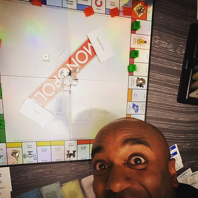 Monopoly selfie!  Monopelfie!  #selfiegram #iwon #beenalongtime #takingthispicturehurtmyback #imold #andnotflexible