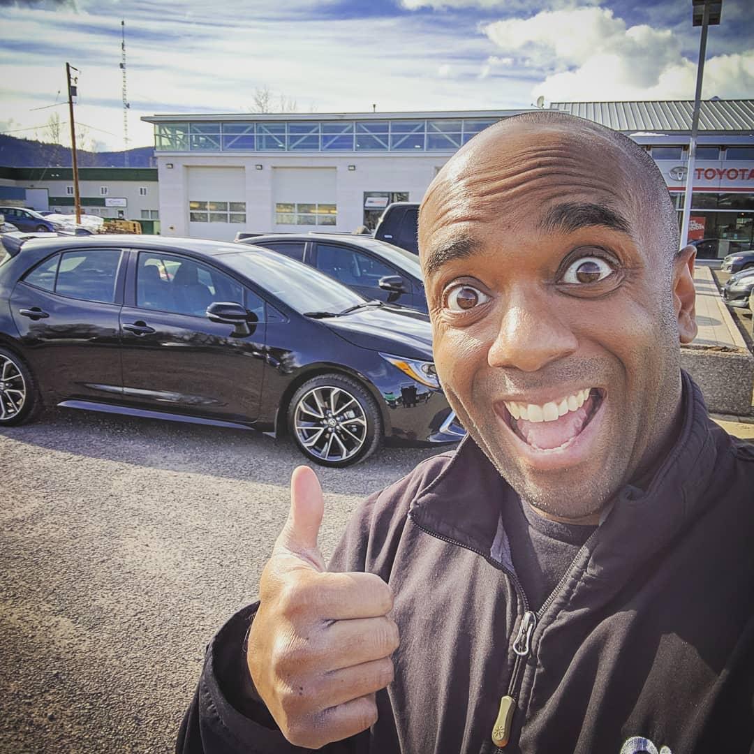 New car selfie!  Necelfie! #selfiegram #corolla #tnga #allthebuttons #glaciertoyota